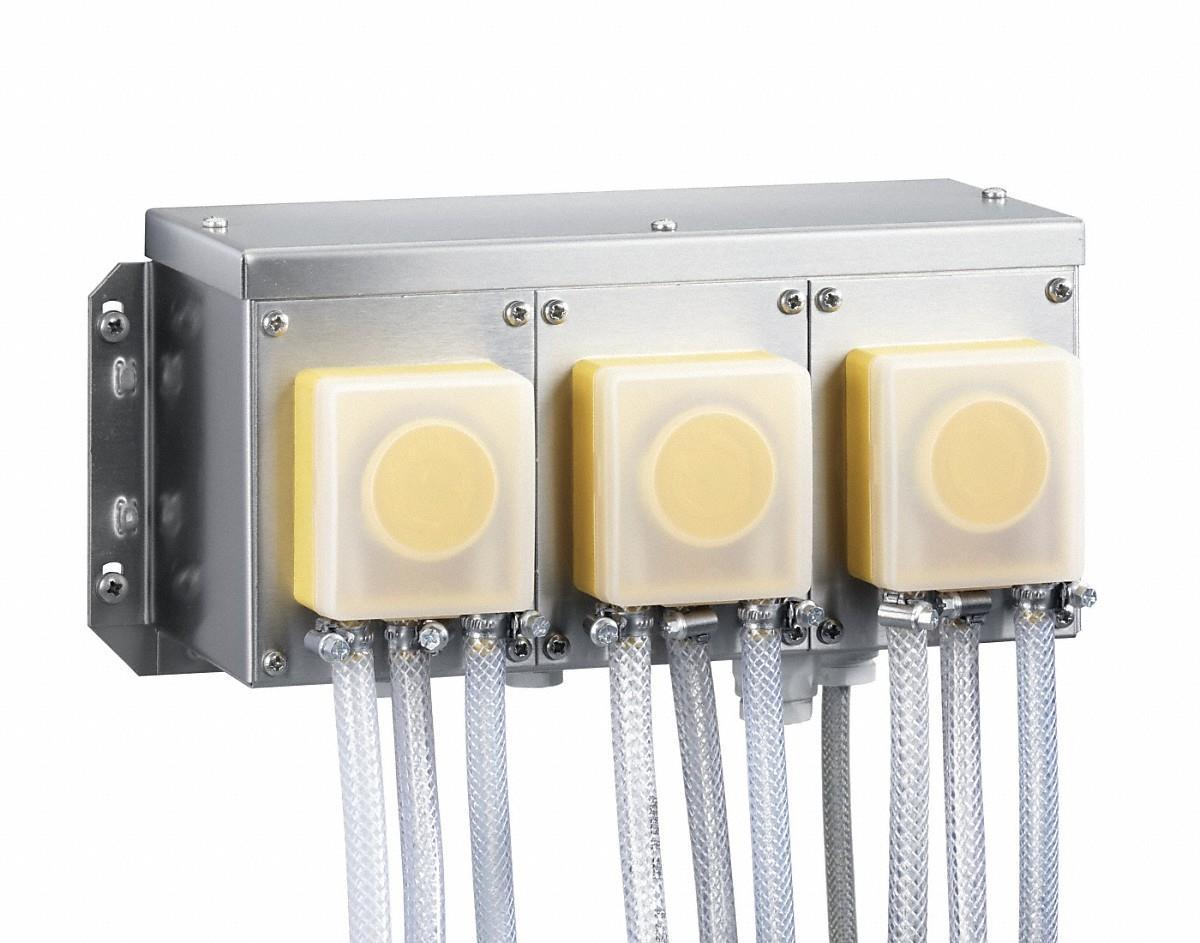 DOS-GP3 Dosiereinheit mit 3 Pumpen