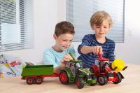 Revell Traktor mit Lader und Figur 1:20  (00815)